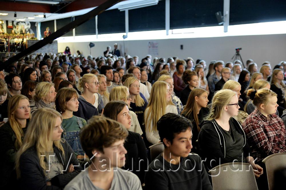 700 elever på Kalundborg Gymasium og HF var med til globale konference. Foto: Jens Nielsen