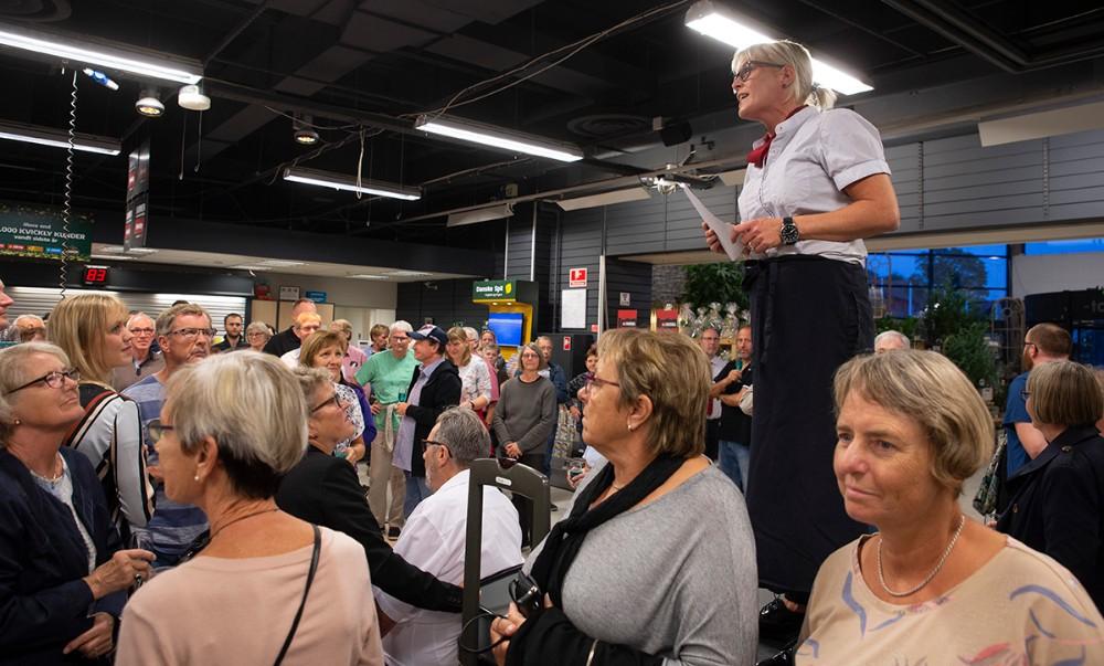 Varehuschef Kirsti Thygesen bød velkommen. Foto: Jens Nielsen