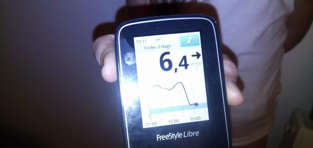 Nu er der givet grønt lys til at børn med diabetes kan få den nyeFreeStyle Libre glukosemåler. Privatfoto