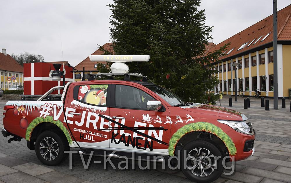 TV2 Vejret var i dag forbi på Klostertorvet med deres ´vejrkane´. Foto: Gitte Korsgaard.