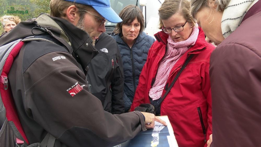 Sidst i september måned sidste år var en projektgruppe, bestående af repræsentanter fra Vejdirektoratet, Sund og Bælt samt Trafik-, Bygge- og Boligstyrelsen, i Kalundborg, hvor både Røsnæs og Asnæs blev besøgt i de første indledende undersøgelser. Foto: Jens Nielsen