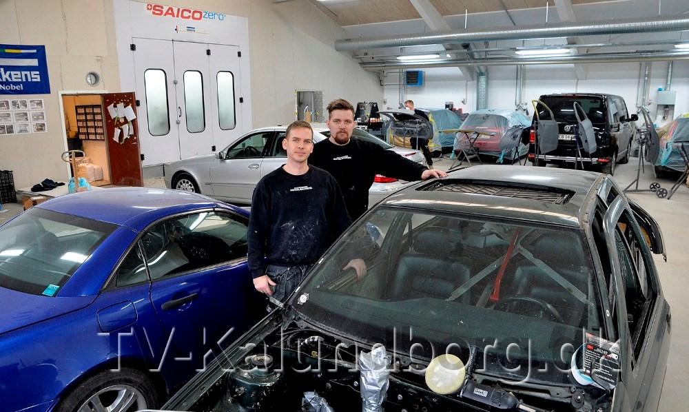 Morten Sonne Faigh og Emil Olsen, indehavere af Kalundborg Autolakering. Foto: Jens Nielsen