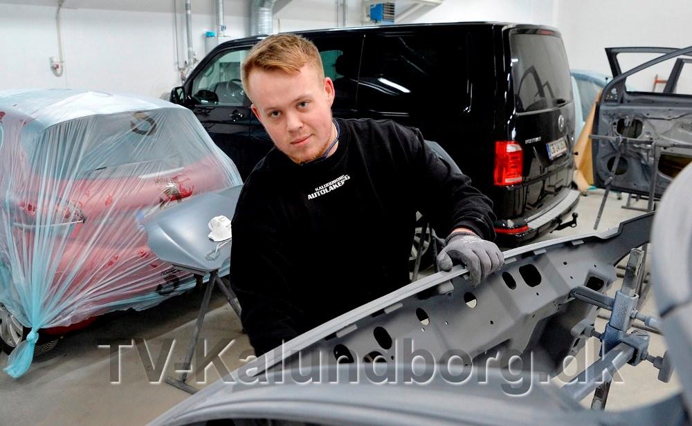 Bastian Sejer Malmberg er ansat som lærling. Foto: Jens Nielsen