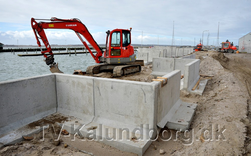 Støttemuren skal fungere som højvandssikring og i indhakket etableres bænke. Foto: Jens Nielsen