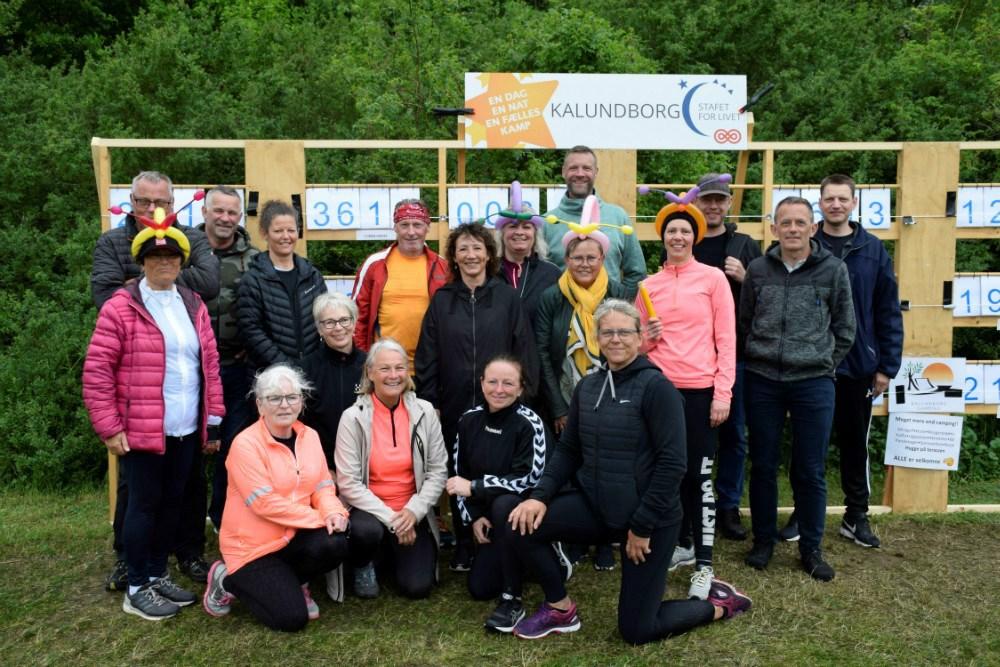 Tanja Døj sammen med sin gruppe, der løb/gik i 2019 til Stafet For Livet i Munkesøen i Kalundborg. Arkivfoto: Gitte Korsgaard.