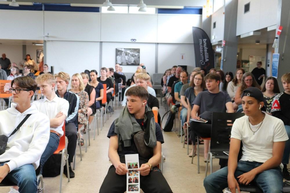 Torsdag den 18. juni afholdte Allikelund Gymnasium dimission for K10 for første gang.
