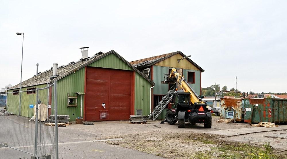 Det gamle bådebyggeri rives ned og der bygges nyt. Foto: Jens Nielsen