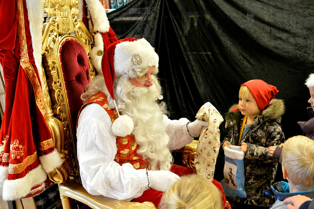 Julemanden kommer forbi Dagli´Brugsen i Raklev på lørdag. Foto: Jens Nielsen