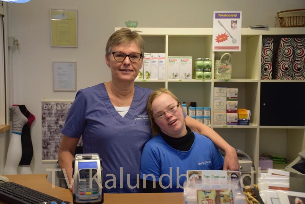 Maria Strøh har Down syndrom og har job hos Klinik for Fodterapi i Kalundborg.