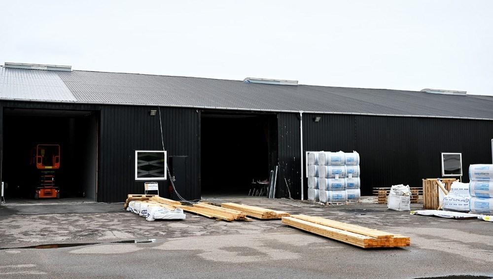 Håndværkerne er godt i gang med ombygning af lokalerne til A og O Johansen på Casa Danica. Foto: Jens Nielsen
