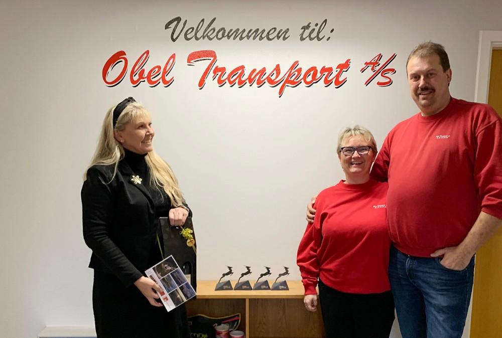 Nølle og Peter Obel sammen med Helle Damkær Winther, Jobcenter Kalundborg. Privatfoto