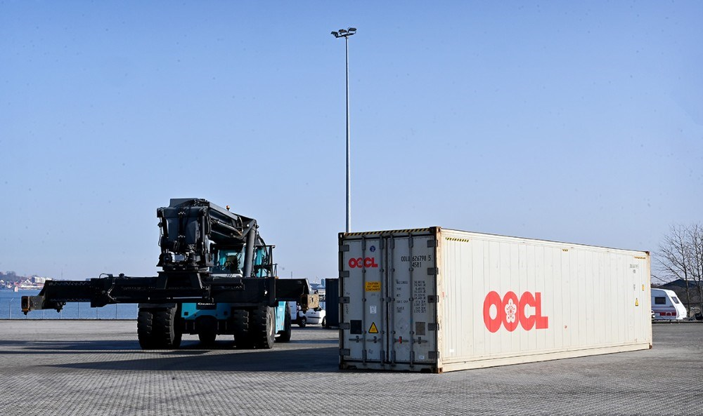 De første containere som skal udskibes fra Ny Vesthavn er ankommet. Foto: Jens Nielsen