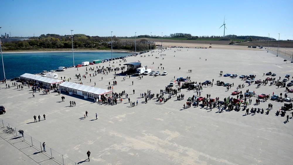 Ny Vesthavn er kæmpe stor, og op mod 1000 gæster fylder ikke meget. Foto: Jens Nielsen