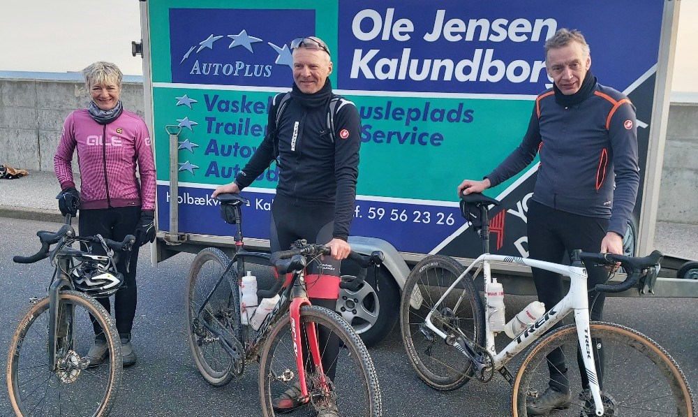 Vibeke Meyhoff, Lars Krabbe og Henrik Jensen gennemførte det 430 km lange Dirty Jutland. Privatfoto