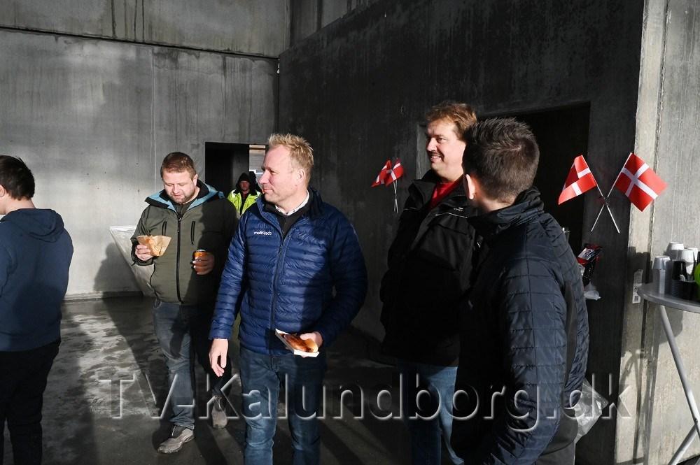Obel Transport a/s havde fredag inviteret til rejsegilde. Foto: Jens Nielsen