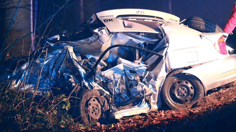 En 32-årig mand blev dræbt på Sæbyvej i en voldsomt færdselsuheld, torsdag aften. Foto: Rene Lind
