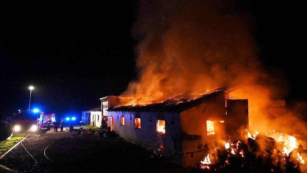 Kalundborgstationen sendte alt disponibelt mandskab til gårdbrand på Røsnæs i september. Foto: Jens Nielsen