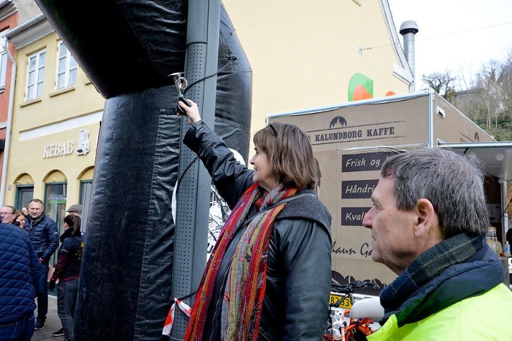 Anne E. Jensen sendte de mange motionister afsted. Foto: Jens Nielsen