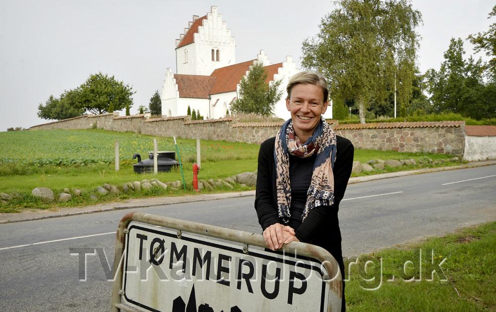 Line Hedengran har taget initiativ til at få lys og liv i Tømmerup Kirke ige. Foto: Jens Nielsen