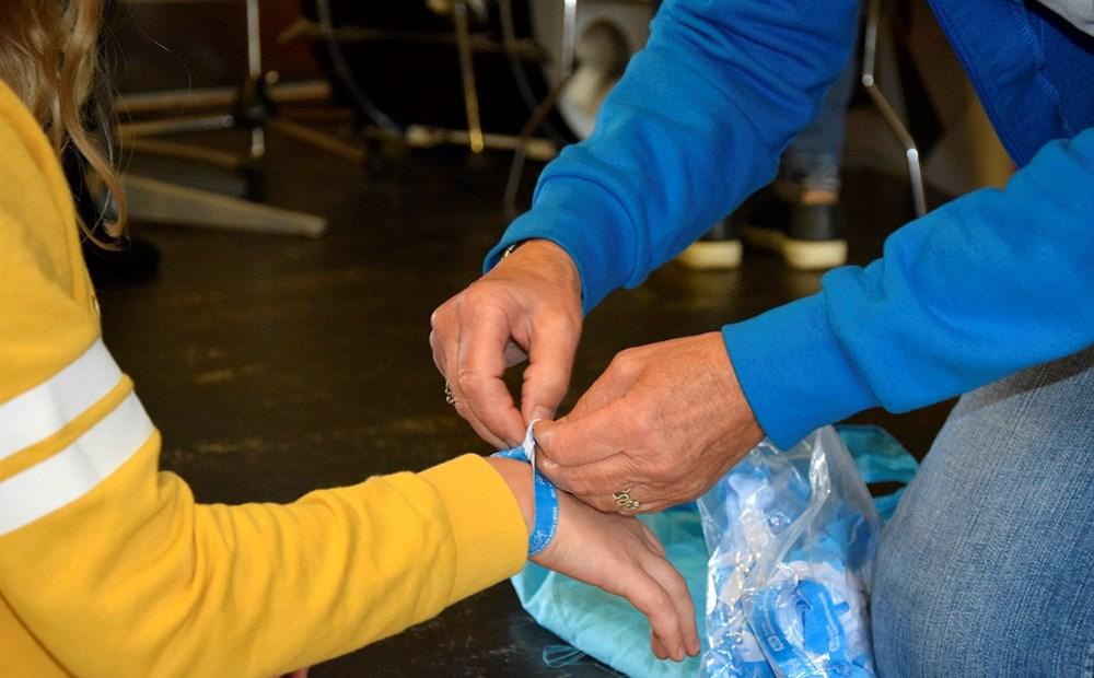De fine armbånd fra SOS Børnebyerne. Foto: Gitte Korsgaard.