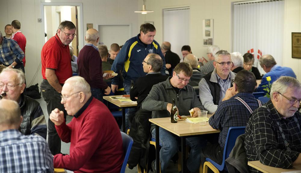 Rigtigt mange medlemmer var mødt op for at fejre 70-års dagen hos KHI. Foto: Jens Nielsen