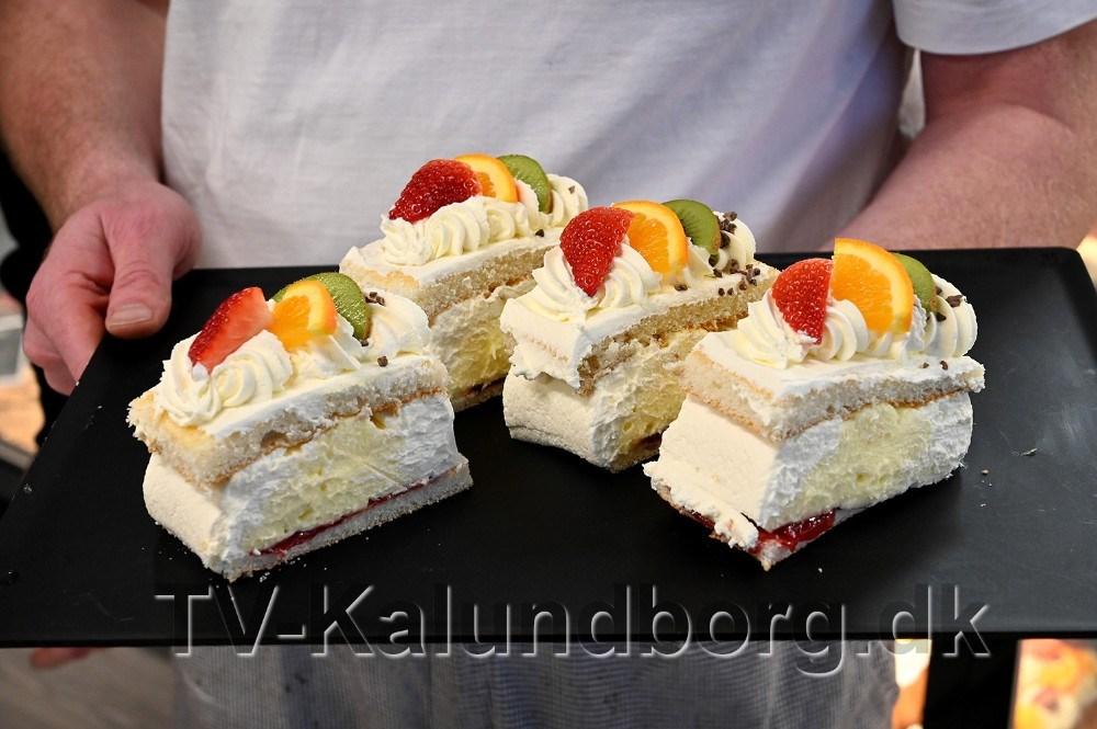 Kvickly Kalundborg leverer 850 stykker lagkage til ældrefesten. Foto: Jens Nielsen
