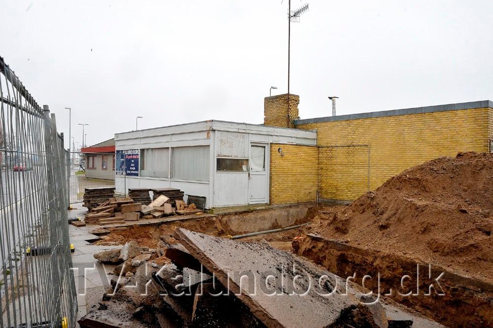 Den gamle taxa bygning som nu er revet ned. Arkivfoto: Jens Nielsen