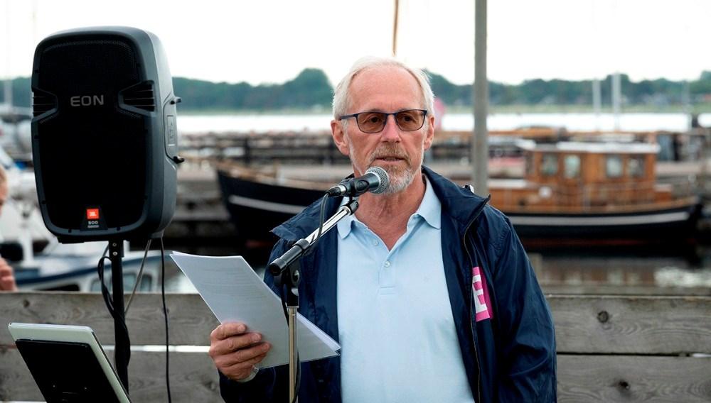 Båltalen i Havnsø var lagt i hænderne på Hans Munk, formand for Kultur- og Fritidsudvalget i Kalundborg Kommune. Foto: Jens Nielsen