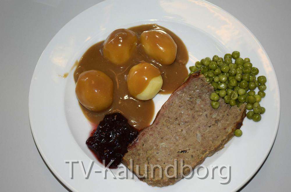 Maden fra Madservice efter, at den er blevet tilberedt fra microovn til tallerken. Foto: Gitte Korsgaard.