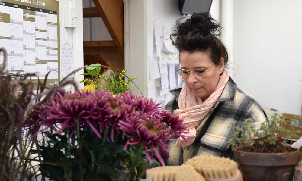 Indehaver af Den Lille Blomsterbutik. Foto: Gitte Korsgaard.