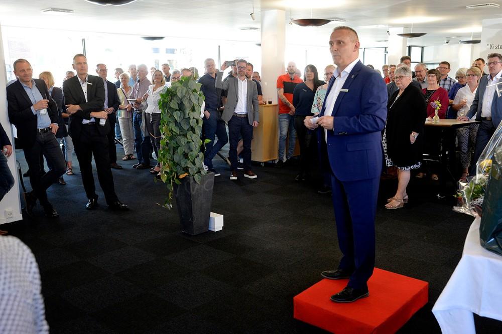 Klaus Koksby Hansen, der er filialdirektør i Sparekassen Sjælland og Fyns Kalundborg afdeling, holdt tale. Foto: Jens Nielsen