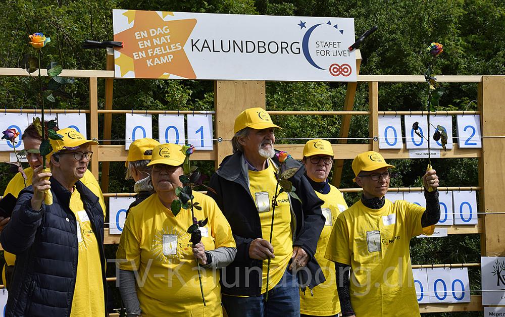 Fightere går den første runde til Stafet For Livet i Munkesøen i Kalundborg. Foto: Gitte Korsgaard.