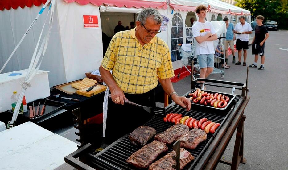 Masser af lækker grillmad nu på fredag. Arkivfoto: Jens Nielsen