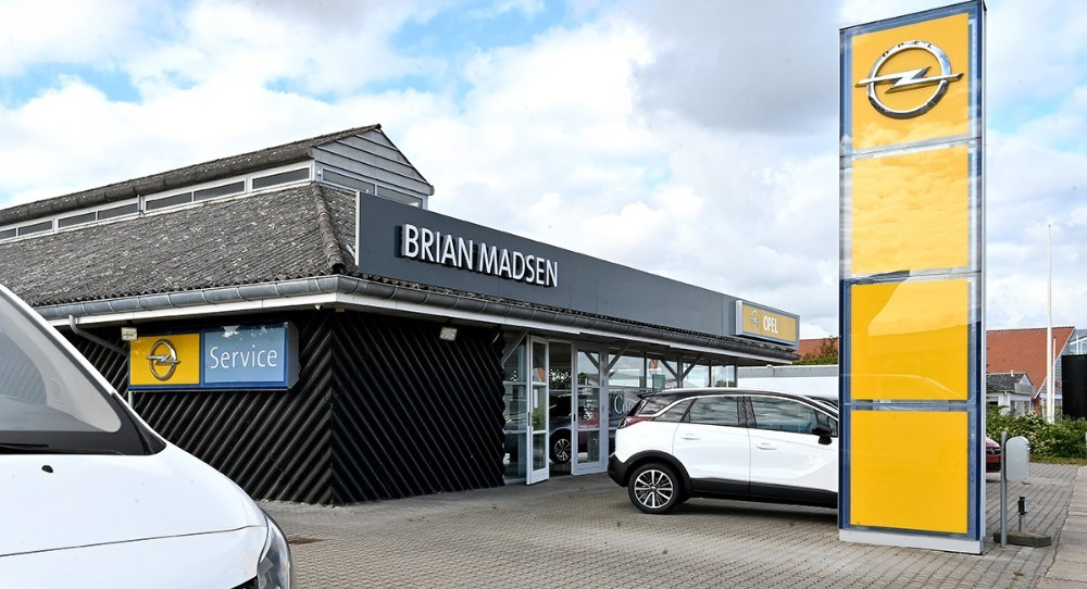 Åbningsfest hos den nye Opel forhandler i Elmegade helel weekenden. Foto: Jens Nielsen