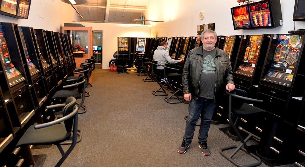 Indehaver af Jokeren i Høng Centret, JohnnyAydin. Foto: Jens Nielsen