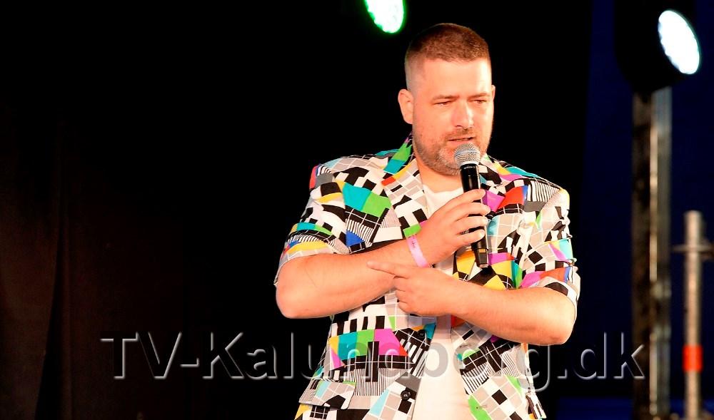 Michael Dex er konferencier til dette års Musik i Havnsø. Foto: Jens Nielsen