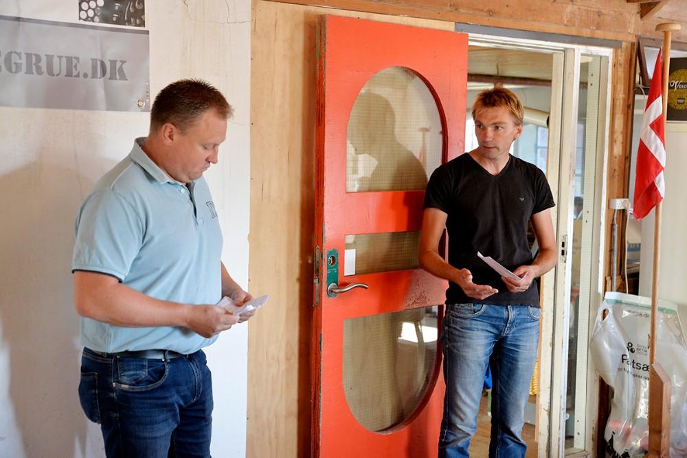 Morten Johansen og Frederik Riisgaard havde forberedt mødet med kommunalbestyrelsen. Foto: Jens Nielsen