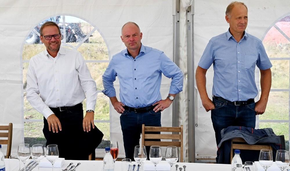 Formand for Folketingets Miljø- og Fødevareudvalg, René Christensen, Direktør for Musholm A/S Niels Dalsgaard og borgmester Martin Damm. Foto: Jens Nielsen