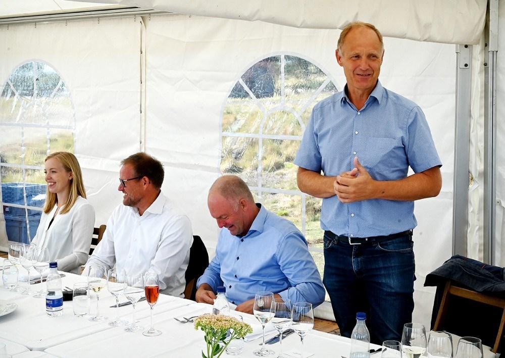 Borgmester Martin Damm fortalte gæsterne om Musholm. Foto: Jens Nielsen