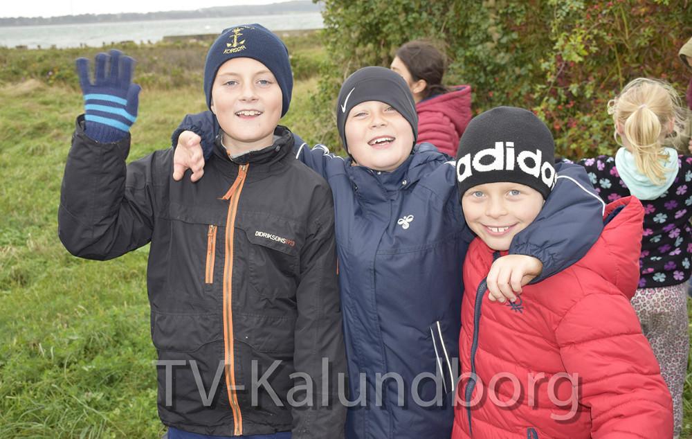 Glade børn fra Skolen På Herredsåsen på besøg på Gisseløre i dag. Foto: Gitte Korsgaard.
