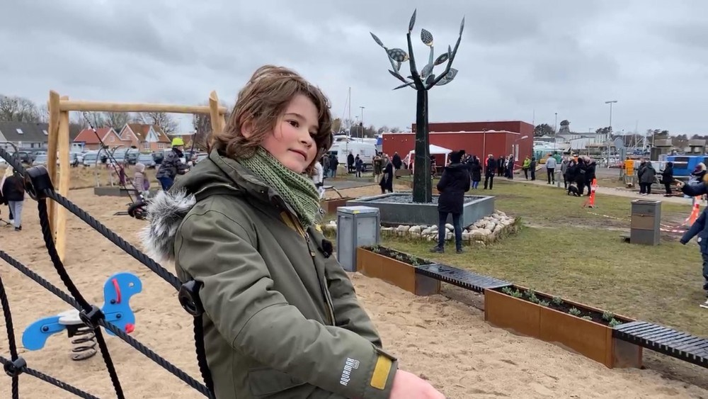 Det er 8-årige August som har foreslået at der skulle bygges en legeplads i Havnsø. Foto: Jens Nielsen
