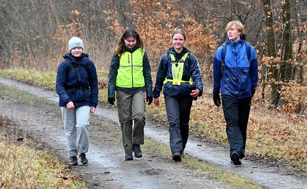 Emilie Glad, nr. to fra højre i Jyderupskoven. Foto: Jens Nielsen