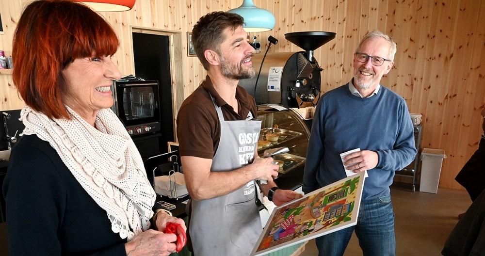 Shaun Gamble i midten sammen med Britt Zenth og Hans Munk. Foto: Jens Nielsen