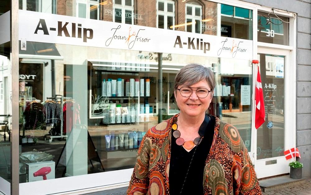 Joan Lyngsøe har fået sit navn på facaden sammen med A-Klip. Foto: Jens NielsenFoto: Jens Nielsen