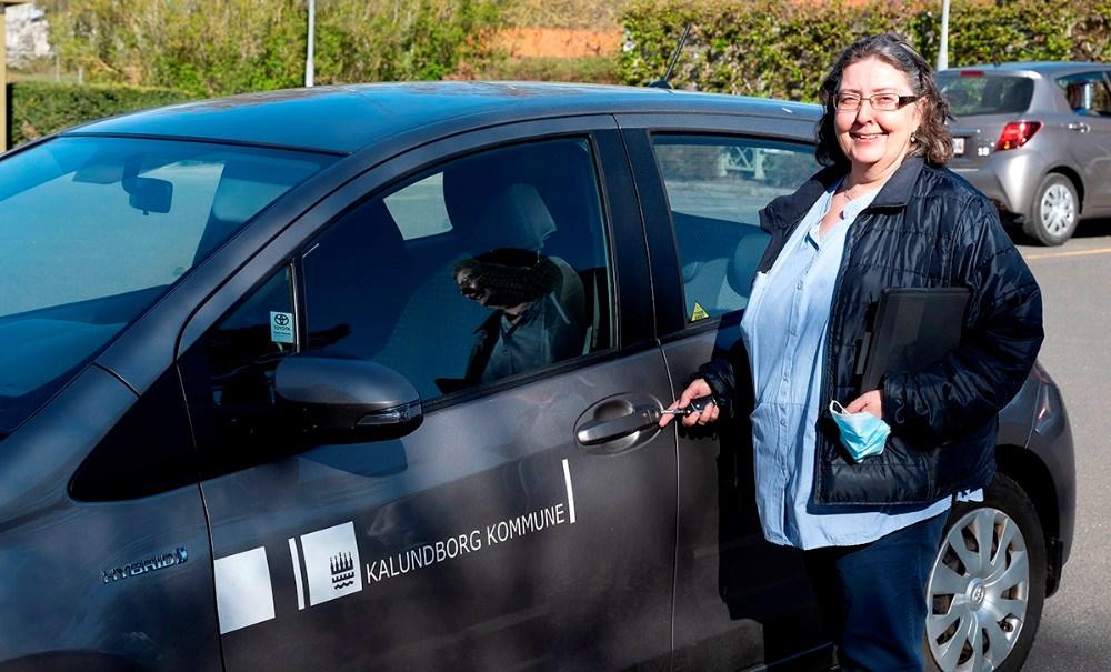 Maj-Britt Olsen, som er social og sundhedsassistent, opfordrer flere til at søge ind i faget. Foto: Jens Nielsen