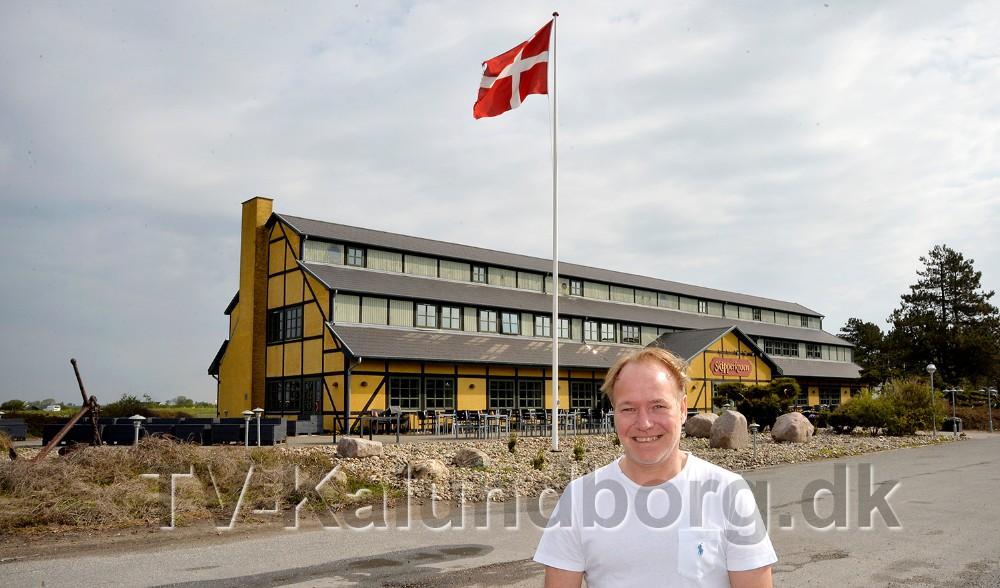 Søren Tullesen runder et skarpthjørne. Foto: Jens Nielsen