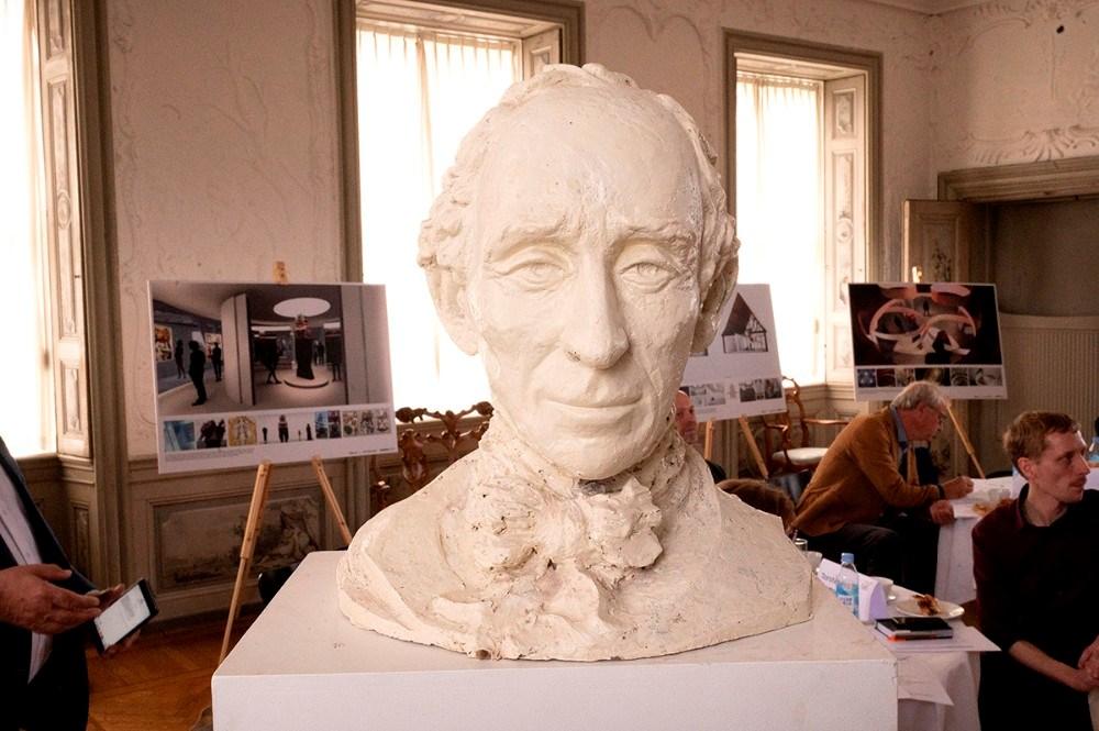 H. C. Andersen buste udført af billedhugger Stine Ring Hansen. Foto: Jens Nielsen