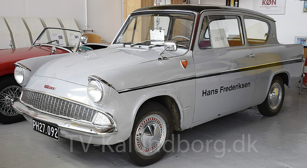 Hans Frederiksen har haft et helt liv med biler, og er stadig ikke helt færdig med den del. Foto: Gitte Korsgaard.