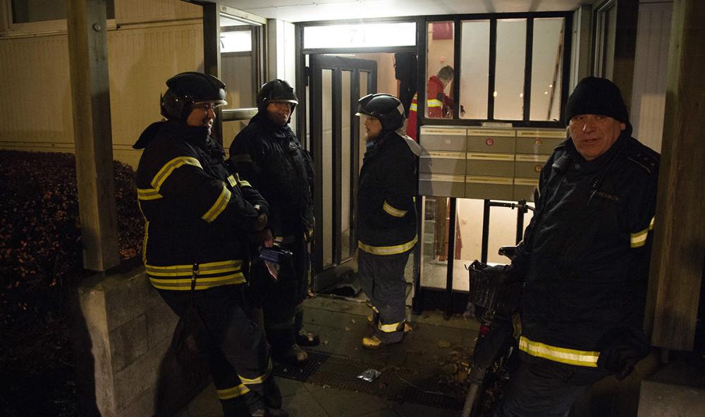 Vestsjællands Brandvæsen blev søndag aften kaldt til brand i Sct. Olaiparken. Foto: Jens Nielsen
