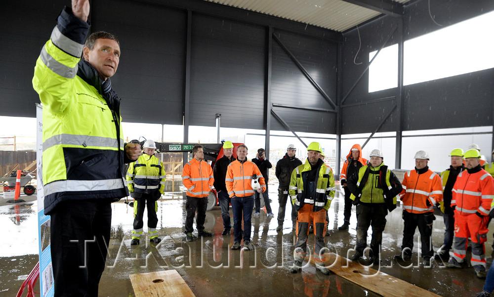Direktør for Kalundborg Forsyning, Hans-Martin Friis Møller, bød velkommen til rejsegilde. Foto: Jens Nielsen
